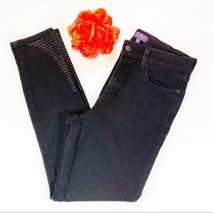 NYDJ Hollyn Black Super Skinny Sequin Leg Detail 8